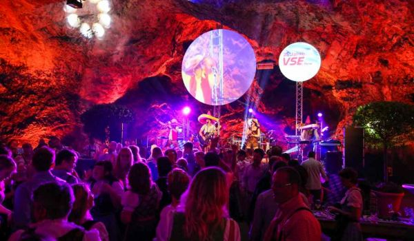 A traditional Octoberfest in the Balver Cave – VSE celebrated its 25th Anniversary